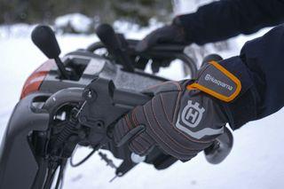 ST327 Heated Handles