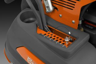 V548/V554 Stand-On Mower